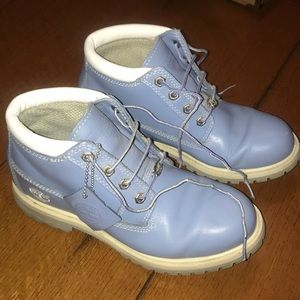 Baby blue timberland boots! Women's size 7.5!